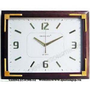 Đồng hồ treo tường 011