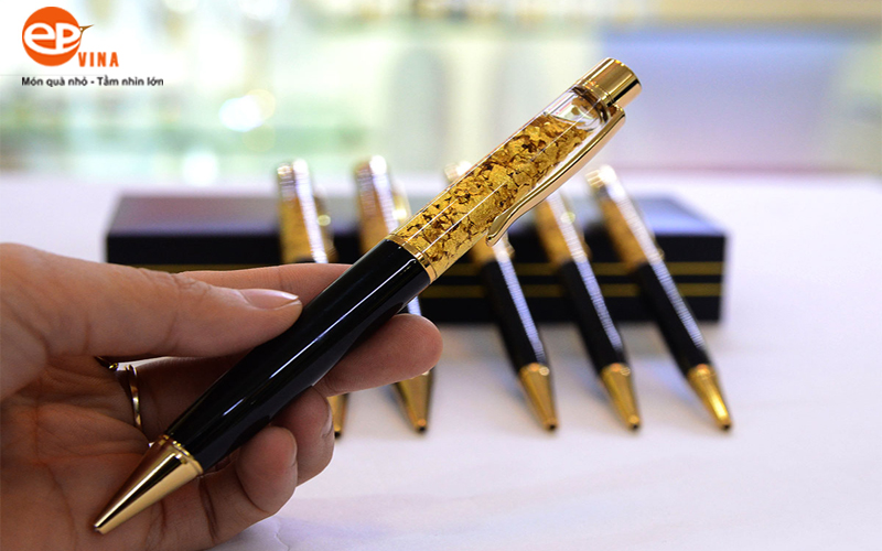 bút ký tên mạ vàng