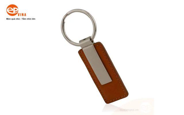 móc khóa da bò thật, thiết kế theo yêu cầu