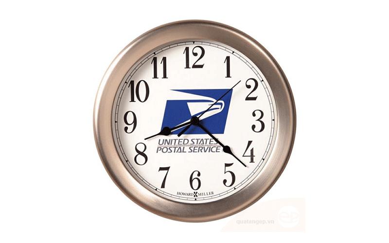 quà tặng đồng hồ doanh nghiệp in logo làm quà tặng khách hàng